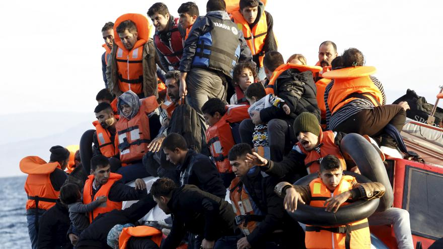 Video 80 procent lidí by podle průzkumu Amnesty International ve svém domě, sousedství nebo městě uvítalo uprchlíky