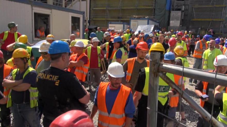 Video 90' ČT24 - Nelegální zaměstnávání cizinců