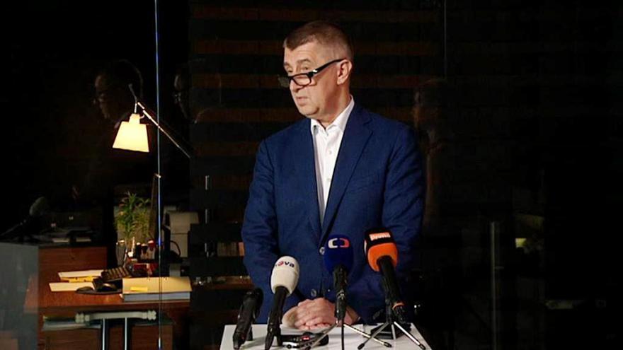 Video Mimořádný brífink Andreje Babiše