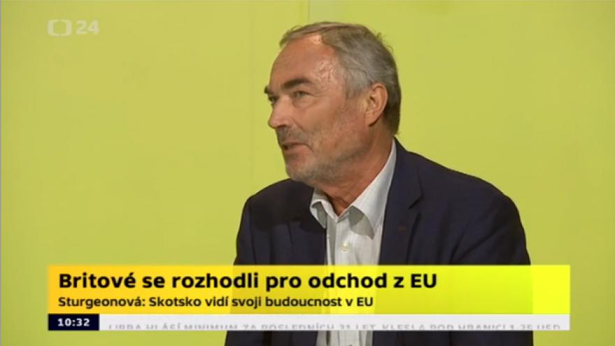 Video Politolog Hnízdo: Počkejme, až opadnou emoce