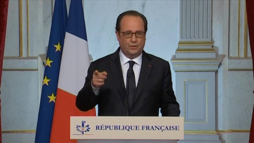 Video Prezident Hollande: Francie bude vždy silnější než fanatici, co na ni útočí