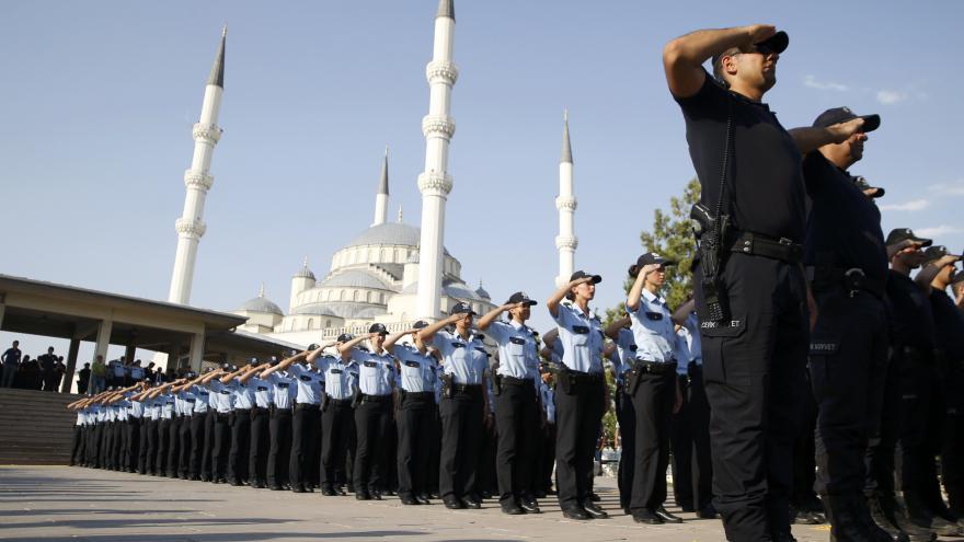Video Zaorálek: I po puči musí mít v Turecku každý nárok na soud
