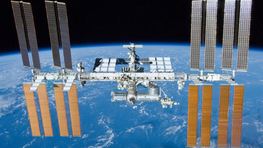 Video Přibližovací manévr u ISS