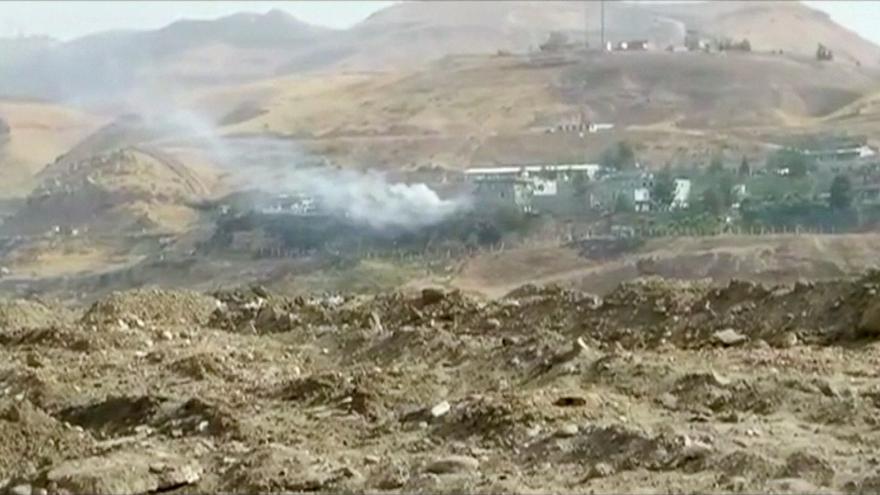 Video Zpravodaj ČT o výbuchu v Cizre a invazi tureckých pozemních sil do Sýrie