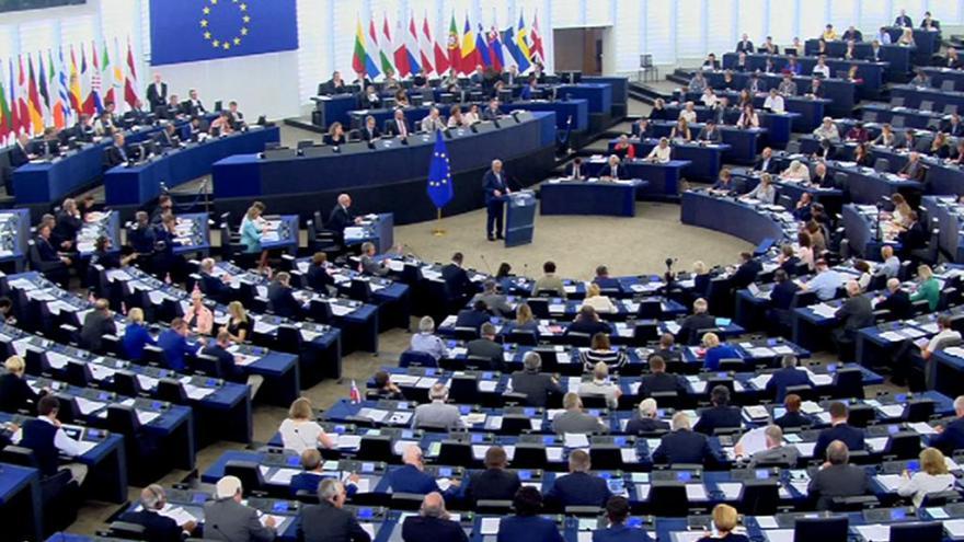Video Europoslanci k Junckerově projevu o stavu Evropské Unie