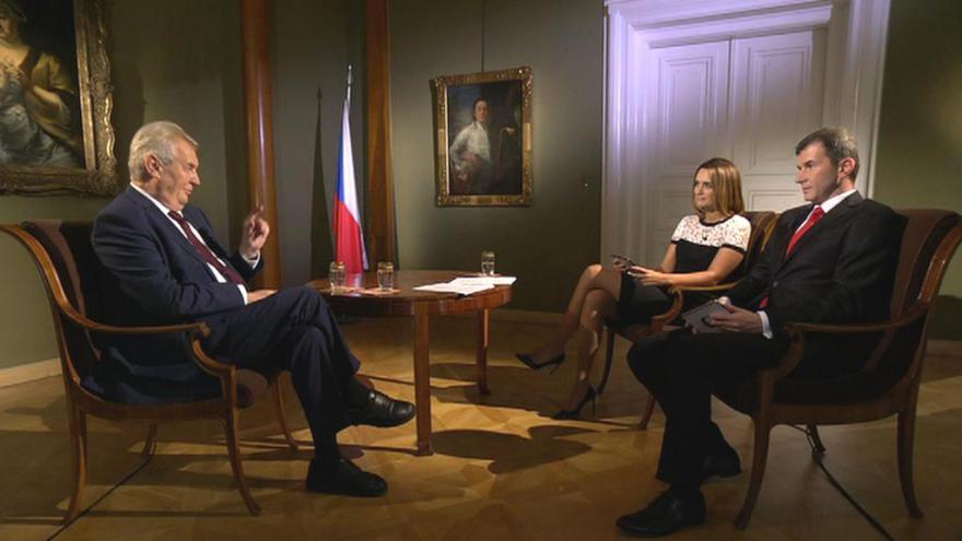 Video Zeman: Pro každého občana by mělo být povinností jít volit