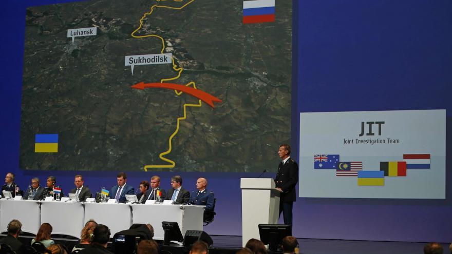 Video Mimořádné pořady ČT24 - Vyšetřování tragédie letu MH17