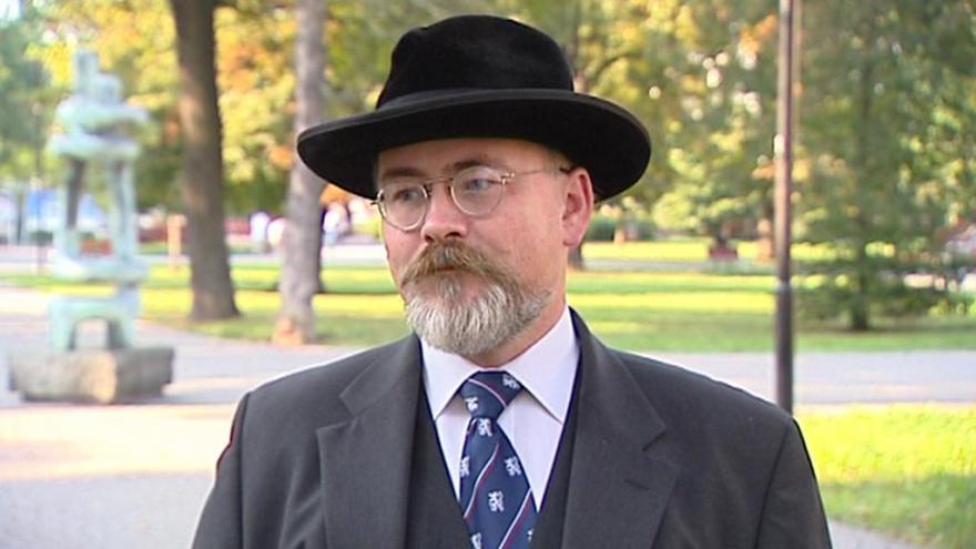 Video Lídr kandidátky Národní demokracie David Hibsch
