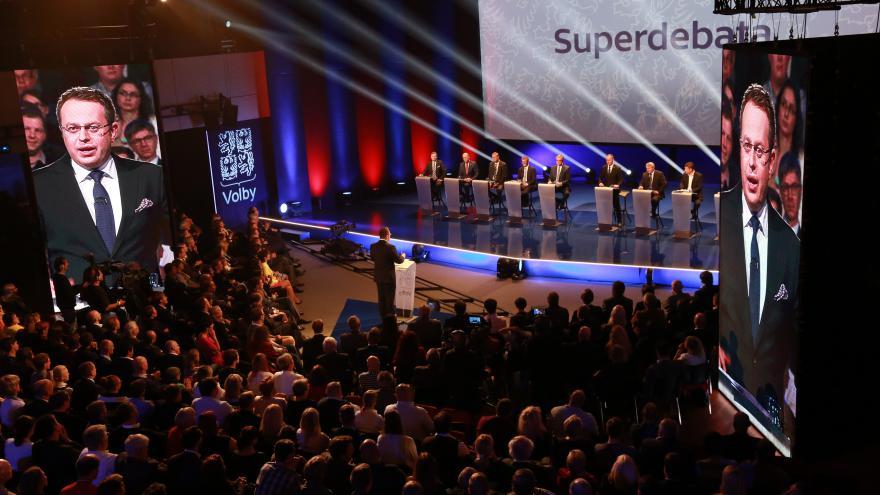 Video Mimořádné pořady ČT24 - Superdebata