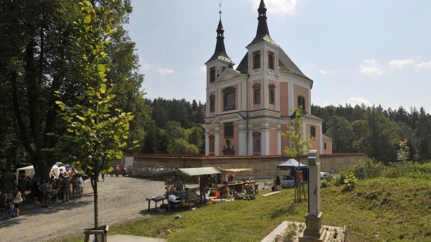 Video Oprava kostela ve Staré Vodě