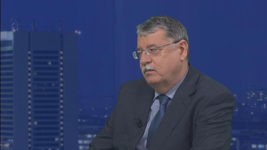 Video Dušan Navrátil v Událostech, komentářích: Na takové útoky si budeme muset zvyknout
