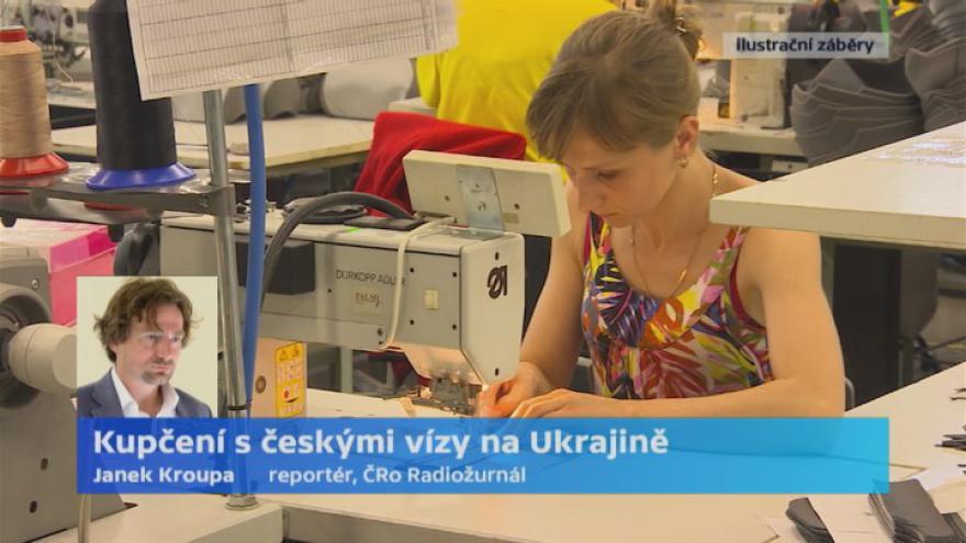 Video Kroupa: Oslovení Ukrajinci neznali nikoho, kdo dostal vízum bez agentury