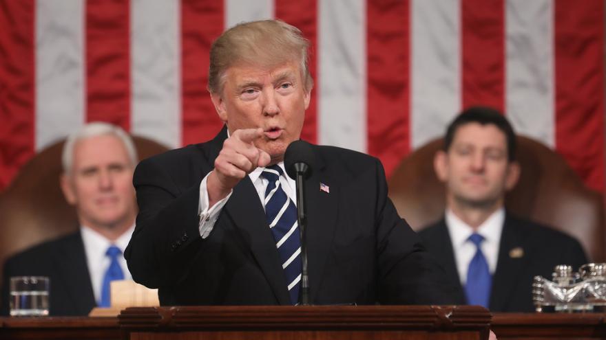 Video ŽIVĚ: Trump poprvé mluví před Kongresem