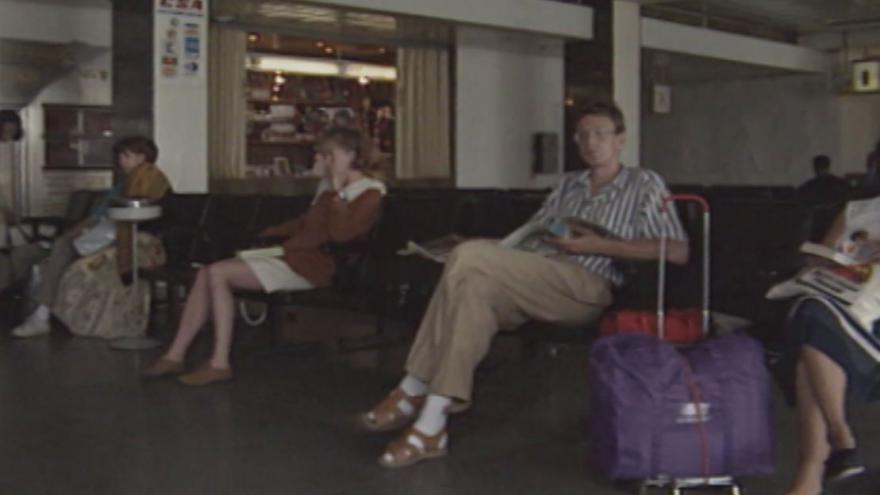 Video 1991: Ruzyně očima toho, kdo právě přiletěl