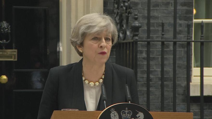 Video Theresa Mayová k vyšetřování útoku v Manchesteru