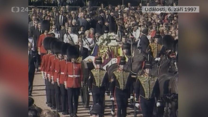 Video Události z 6. září 1997 k úmrtí princezny Diany