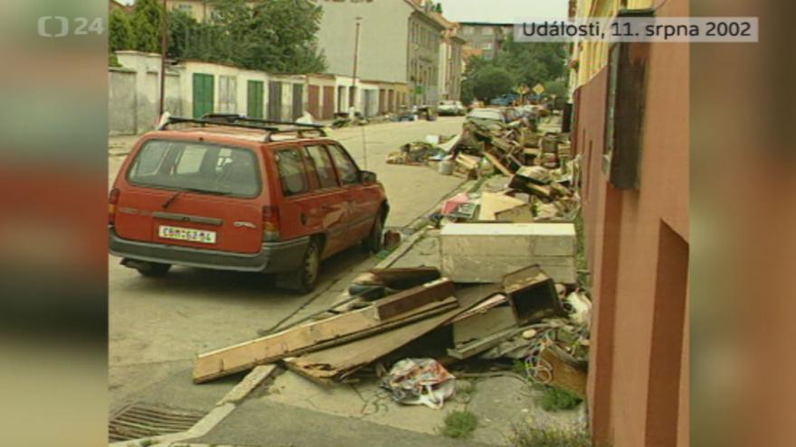 Video Povodně 11. srpna 2002: Události