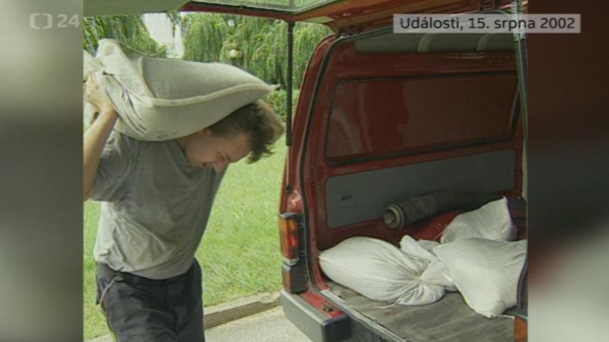 Video Povodně 15. srpna 2002: Události