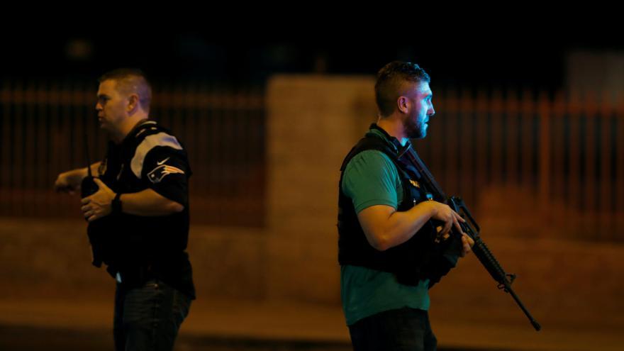 Video Policie: Střelec použil pušky