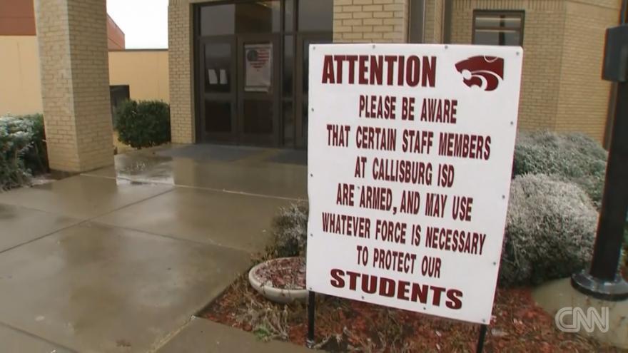 Trumpův nápad některé texaské školy zavedly už před jedenácti lety — ČT24 —  Česká televize 26be4e8e8e