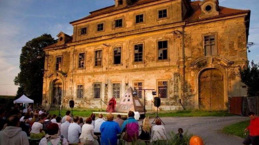 Video Barokní architektura v knize