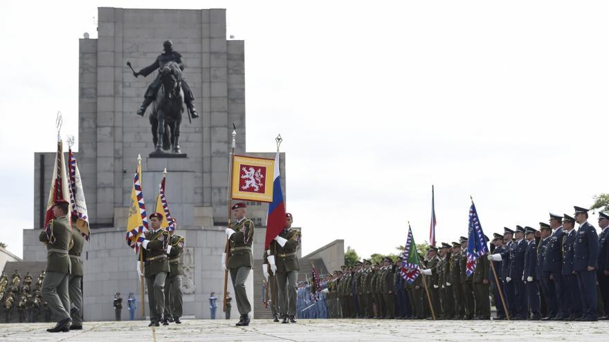 Video Výročí přísahy československých legionářů slavili dnešní vojáci