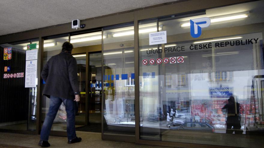 Video Novák: Růst nezaměstnanosti na začátku léta je tradiční jev