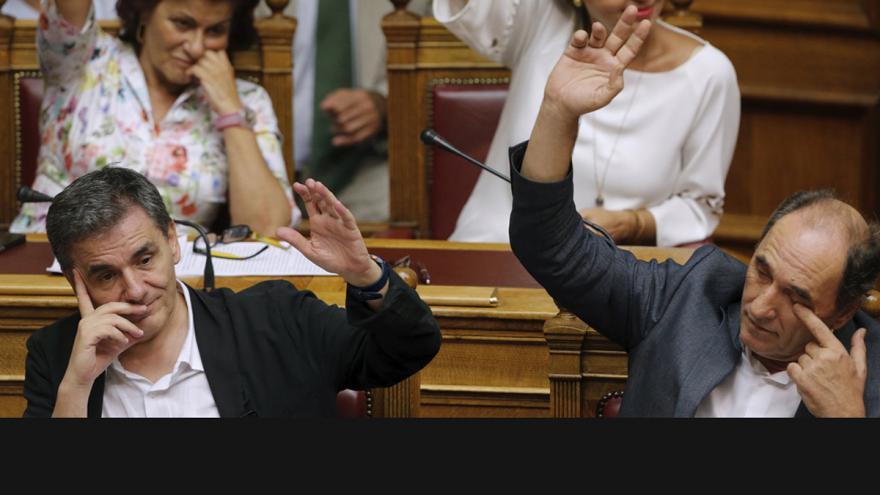Video Řecký balíček čeká schvalování národních parlamentů