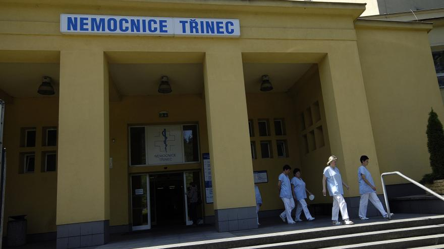 Video Události v regionech (Ostrava) - Sestry v nemocnicích dostávají bezpečnostní náramky