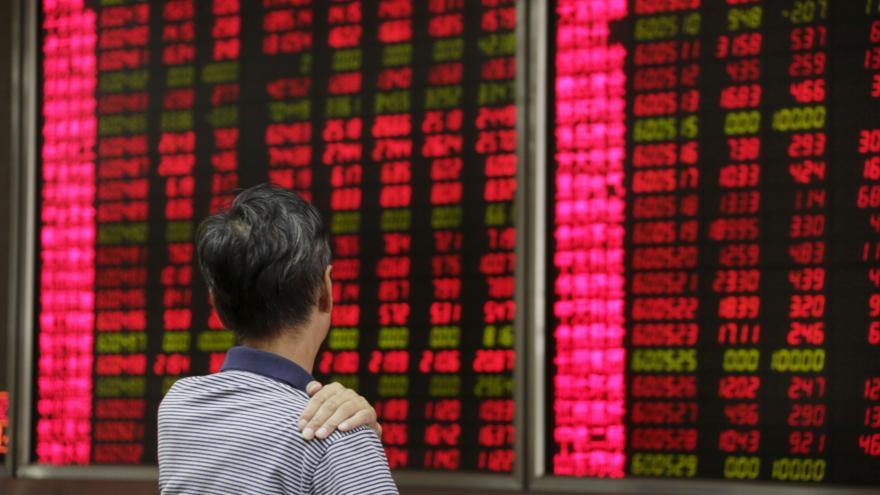 Video Bureš: Je to projev slabosti Číny, ne problémů USA