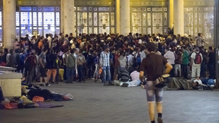 Video Události ČT: Drama na budapešťském nádraží