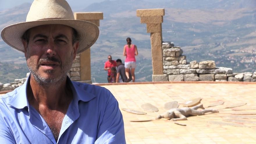 Video Lorenzo Reina: Pastevec i sochař