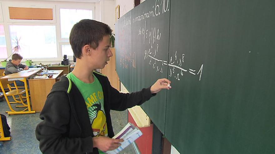 Video Dobšík: Odklad maturit je kompromis