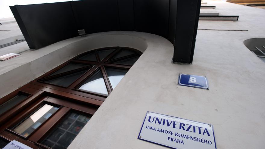 Video Zástupkyně studentů: Akreditační komise jako poradní orgán nám nemůže bránit dostudovat