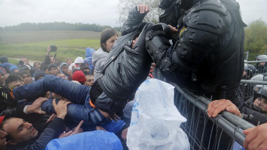 Video Velvyslankyně ČR: Situace na slovinsko-chorvatské hranici je dramatická