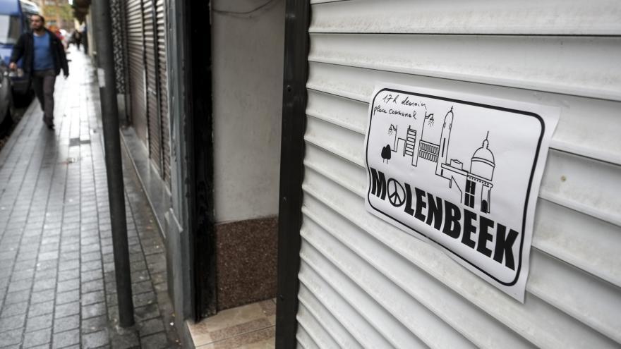 Video Bruselská čtvrť Molenbeek je evropskou křižovatkou radikálů