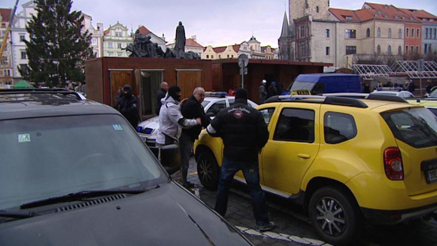 Video Mezi obviněnými ze zátahu na taxikáře je i pracovník magistrátu