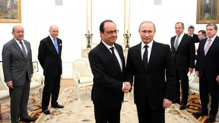 Video Mimořádné pořady ČT24 - Francouzské hledání spojenců v boji s terorem