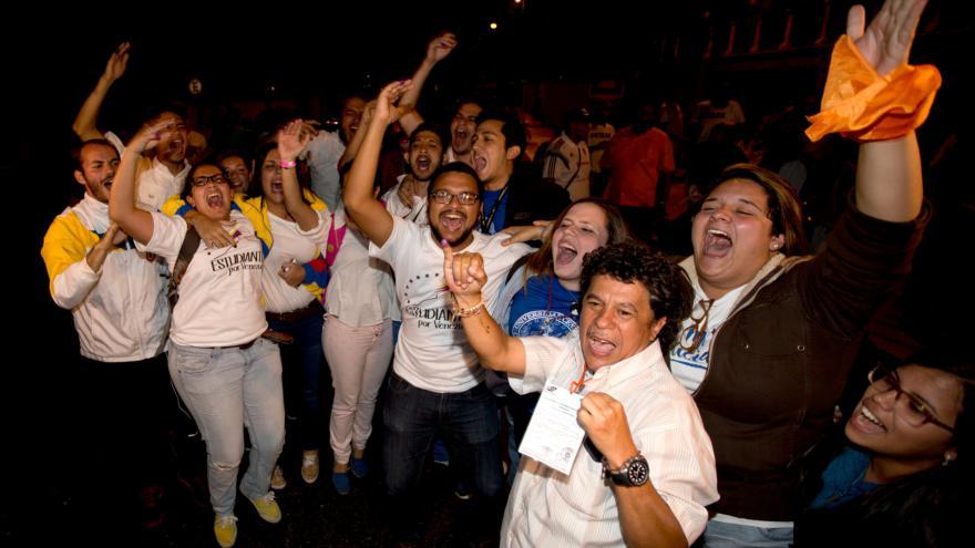 Video Venezuelské parlamentní volby vyhrálo opozice