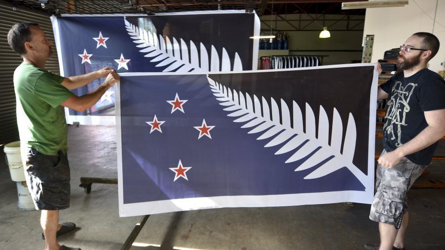 Video Vexilolog k novozélandskému referendu: Státní vlajka musí být jedinečná