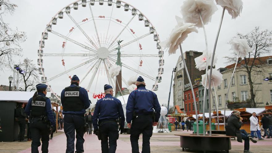 Video Události: Brusel se po útocích snaží nalákat turisty
