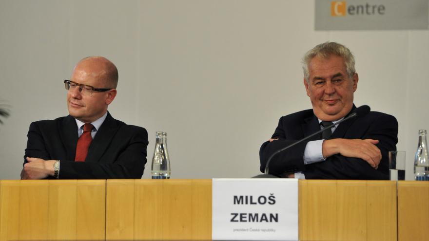 Video Politici o Zemanově výroku