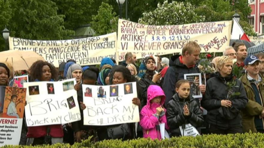 Video Zdechovský: Tlak na norský sociální úřad se bude stupňovat