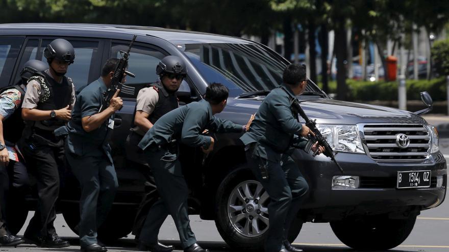 Video K útoku v Jakartě se přihlásil IS
