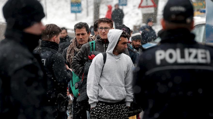 Video Události: Rakousko omezí vstup migrantů do země