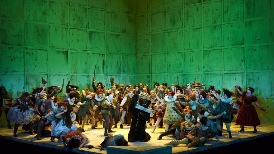 Video G. Verdi: Trubadúr