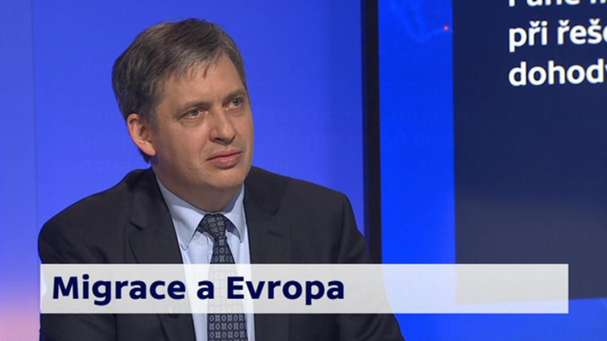 Video 90' ČT24 - Migrační krize vEvropě avše kolem ní