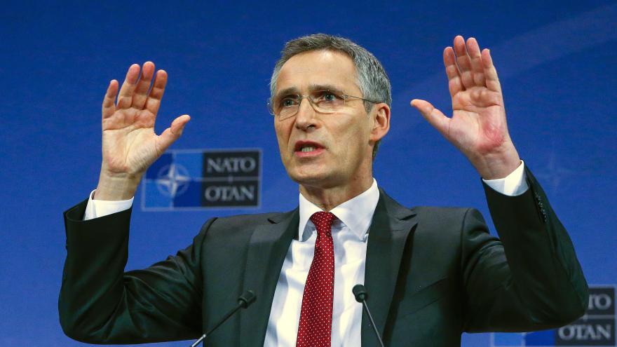 Video Lodě NATO mají monitorovat pašerácké stezky do Evropy
