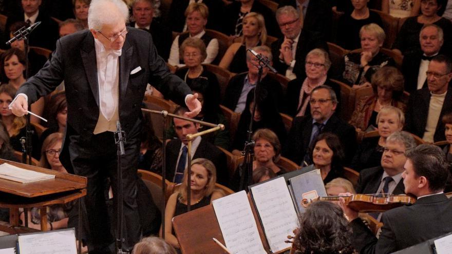 Video Živě: Novoroční koncert České filharmonie