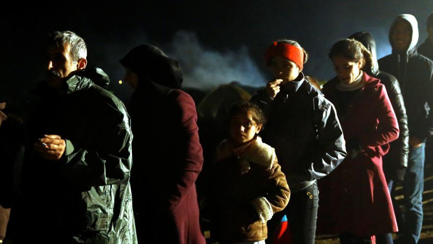 Video Do Řecka míří další tisíce uprchlíků